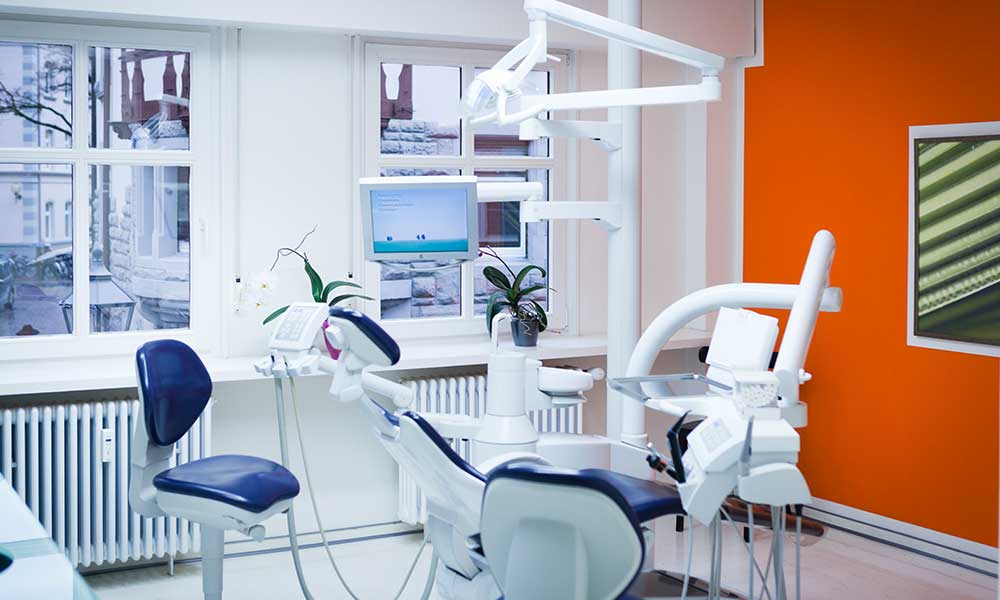Zahnarzt in Radolfzell am Bodensee Sprechzimmer